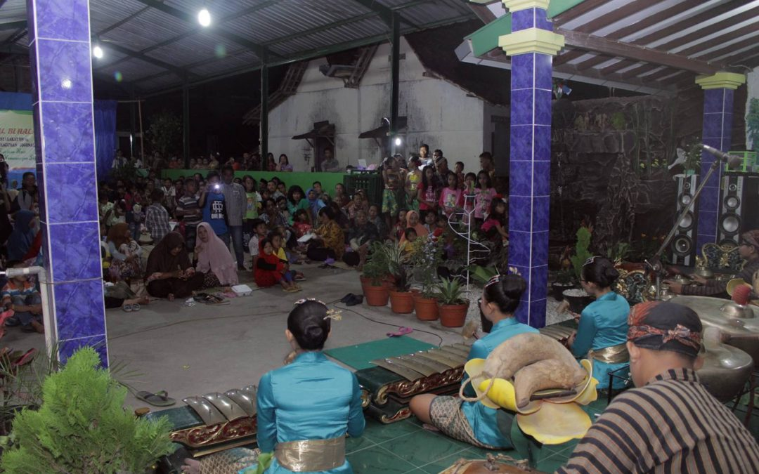SMP Kristen 1 Klaten dan SD Kristen 3 Klaten Mengisi Halal Bihalal